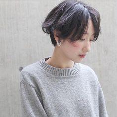 スタイリスト:高橋 彩美のヘアスタイル「STYLE No.25552」。スタイリスト:高橋 彩美が手がけたヘアスタイル・髪型を掲載しています。