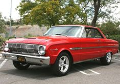 1963 Ford Falcon Sprint, forerunner of the Mustang. Datsun Roadster, Old Classic Cars, Classic Style, Classy Cars, Ford Fairlane, Ford Falcon, Car Ford, Performance Cars, Ford Motor Company