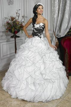 85ee8ce0ebc New Organza White and black Ball Gowns Wedding Dresses Prom Quinceanera  gowns in Clothing