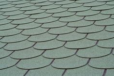 How to Clean Moss Off of Asphalt Shingles