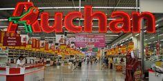 La catena di centri commerciali Auchan alza la posta: altri 1500 licenziamenti (Effetto Jobs-Act?)