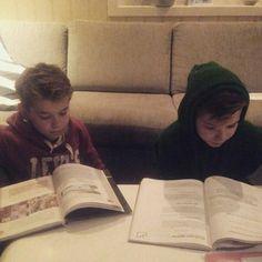 My boys study❤️