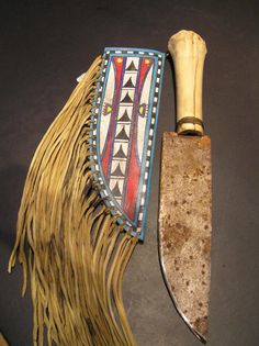 Apache Tribe Artifacts | ... with buckskin sheath and frindge in a Lipon Apache, Texas style