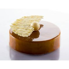«Caramel apples, linden, honey. Very soft, pleasant, unobtrusive and not cloying. Composition: • honey sponge • apples stewed in salted caramel…»