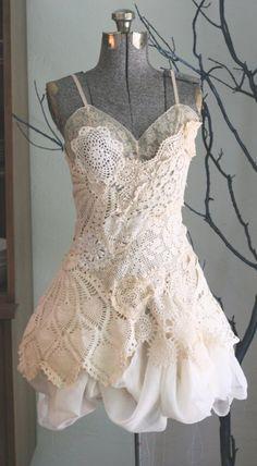 love this wedding dress! love!