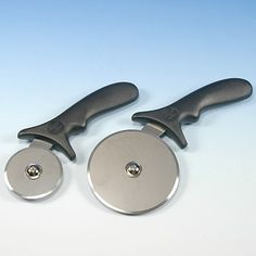 PASTRY / PIZZA CUTTERS - Use to cut dough, pastry, pizza and other foods.