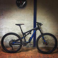 VTT LAPIERRE ZESTY XM 527 EI (2016) Promo : 3255 au lieu de 4399 www.velobrival.com #velobrival #lapierre #mtb #vtt #velo #bike