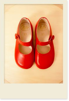 been looking for the perfect red shoes for B. for over about a year now.  These would have been them if they weren't so $$$$$$!