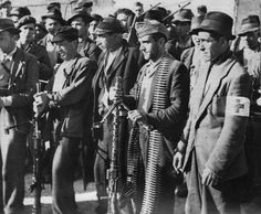 A group of Italian partisans operating in the Toscano-Emilian Apennines, date unknown - pin by Paolo Marzioli Isaiah 59, Italian Campaign, Vintage Couples, People Of The World, Military History, World War Two, Ww2, Documentaries, The Past
