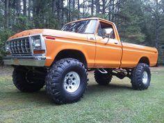 ford pickup Orange isn't my favorite but still a very nice truck. 1979 Ford Truck, Ford Ranger Truck, Ford Pickup Trucks, Jeep Truck, 4x4 Trucks, Car Ford, Diesel Trucks, Cool Trucks, Ford 4x4