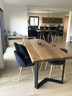 - Dinner table- Table à manger Dining table made with 2 feet M black 71 cm - Dinner Tables Furniture, Wooden Dining Tables, Dining Table Design, Modern Dining Table, Dining Table Chairs, Dining Furniture, Dining Table Upcycle, Reclaimed Wood Dining Table, Rustic Furniture