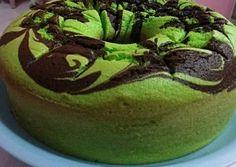 Resep Bolu pandan santan lembut banget oleh Ida Marhaeni - Cookpad Brownies Kukus, Resep Cake, Cake Recipes, Diy And Crafts, Food And Drink, Desserts, Bread, Cakes, Boarding Pass