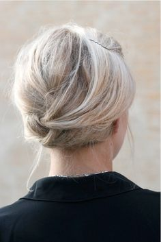 great look to tame crazy hair during the summer