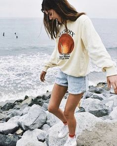 Style fashion outfits casual sweaters Ideas for 2019 Short Outfits, Spring Outfits, Casual Outfits, Hipster Summer Outfits, Casual Beach Outfit, Cute Beach Outfits, Bar Outfits, Vegas Outfits, Beach Attire