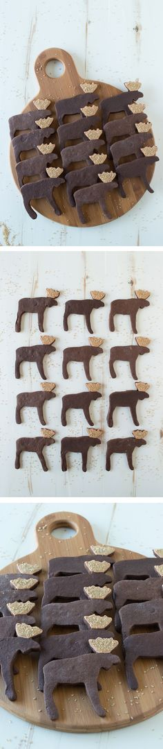 "(where to get a moose cookie cutter!) ""Use a moose cookie cutter to make these ADORABLE espresso chocolate moose sugar cookies! Yummy Cookies, Cupcake Cookies, Sugar Cookies, Yummy Treats, Sweet Treats, Cupcakes, Noel Christmas, Christmas Treats, Christmas Baking"