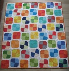 Modern Patchwork Quilt - quick and easy quilt pattern via Etsy