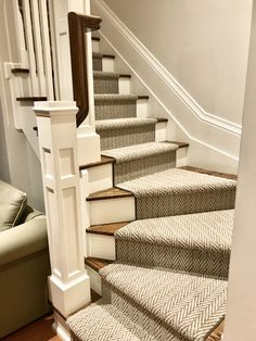 Torontonian Flooring is specialized in quick & low cost carpet & stair runners installation in Toronto, Mississauga & Oakville. Stair Runner Installation, Carpet Installation, Staircase Makeover, Toronto, Stairs, Flooring, Stair Runners, Landing, Home Decor