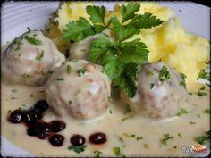 Mashed Potatoes, Food And Drink, Eggs, Meat, Chicken, Breakfast, Ethnic Recipes, Rezepte, Whipped Potatoes