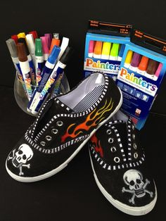 *Rook No. recipes, crafts & whimsies for spreading joy*: How to Customize your Kicks & Trick Out Your Sneakers with Elmer's Painters Custom Painted Shoes, Painted Canvas Shoes, Painted Sneakers, Hand Painted Shoes, Custom Shoes, Canvas Sneakers, Ballerinas, Shoe Crafts, Diy Crafts