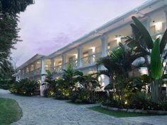 Larkhill Terrace Suite at Amara Sanctuary Resort Sentosa