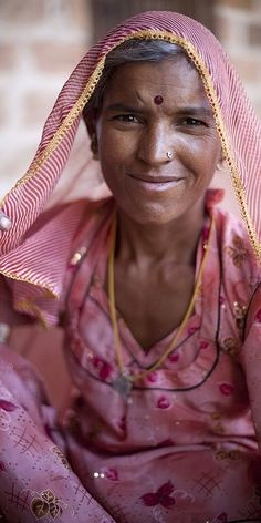 woman from Rajasthan flickr by Roy del Vecchio Pinned from flickr.com