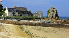 Plougrescant le port côtes d'armor Bretagne