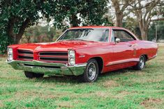 Bid for the chance to own a 1966 Pontiac Catalina at auction with Bring a Trailer, the home of the best vintage and classic cars online. Cheap Muscle Cars, 60s Muscle Cars, 1966 Chevy Impala, Pontiac Catalina, Car Brochure, Pony Car, Car Advertising, Audi Cars, Performance Cars