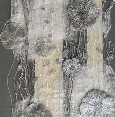 Projects & Tutorials: Sewing Textile art on vintage fragment by Kirstine Higgins. MoreTextile art on vintage fragment by Kirstine Higgins. Creation Art, Creation Couture, Textile Fiber Art, Textile Artists, Collage Kunst, Creative Textiles, Quilt Modernen, Textiles Techniques, Fabric Manipulation
