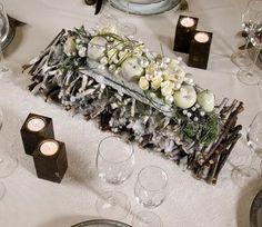 Bloemschikmaterialen Tafelschikking, tafelversiering Plaats het schuim van het OASIS® Table Deco Mini schaaltje in op water verrijkt met sni...