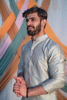 Wedding Kurta For Men, Wedding Dresses Men Indian, Formal Dresses For Men, Formal Men Outfit, Wedding Dress Men, Wedding Men, Wedding Outfits For Men, India Fashion Men, Indian Men Fashion