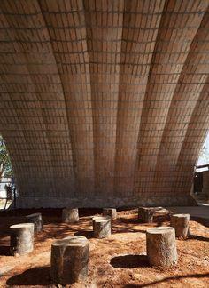Galería de Catenarius: una bóveda experimental de ladrillos de suelo cemento armado - 20