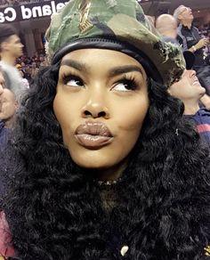 Teyana Taylor in camo beret Teyana Taylor, Barett Outfit, Black Girl Magic, Black Girls, Beautiful Black Women, Beautiful People, Hair Beret, Curly Hair Styles, Natural Hair Styles