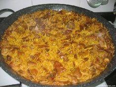 Comeme todo: Fideua de Carne Carne Picada, Curry, Food And Drink, Ethnic Recipes, Caldo De Pollo, Food Recipes, Noodles, Rice, Kalay