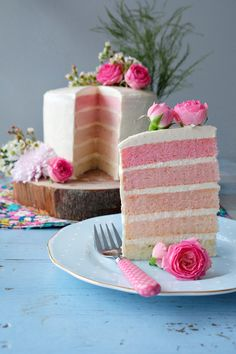Ombre Layer Cake from Tartine and Apron Strings http://www.tartineandapronstrings.com/
