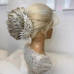 Beautiful hairstyles By: Cute Hairstyles For Medium Hair, Beautiful Hairstyles, Braided Hairstyles, Female Hairstyles, Easy Hairstyle, Style Hairstyle, Hairstyles 2018, Front Hair Styles, Short Hair Styles Easy