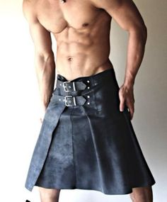 Leather war kilt made from original cow hide leather. Rough and rugged feel of whole kilt. This kilt is only for ugly and ripped guys who want to shed their blood and sweat under the scorching heat and work hard. Leather Kilt, Leather Men, Real Leather, Black Leather, Men In Kilts, Mannequins, Gorgeous Men, Hot Guys, Sexy Guys