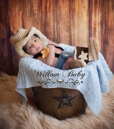 Mom And Baby Photography Discover Cowboy/Cowgirl Photography 3 Pce. set - Handmade Crochet Cowboy Hat Diaper Cover and Boots Newborn to 12 Mos Baby Boy Photos, Newborn Pictures, Baby Pictures, Cowgirl Photography, Newborn Photography Props, Photography Poses, Newborn Outfits, Baby Boy Outfits, Crochet Cowboy Hats