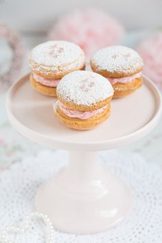 Strawberry Biscuits with Strawberry Mousse from Lisabeths.de.com