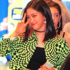 Image in itzy collection by papillon.velu on We Heart It 90s Grunge Hair, Soft Grunge Hair, Kpop Girl Groups, Korean Girl Groups, Kpop Girls, My Girl, Cool Girl, Hair Color Streaks, Girl Inspiration