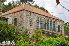 What do you think of this #Lebanese house? شو رأيكن بهالبيت #اللبناني؟