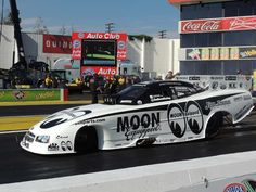 (85) Big Jim Dunn's team Funny Car at the 2015 Winter Nationals | DRAG RACING 90's No 2 ONWARDS TO PRESENT DAY | Pinterest