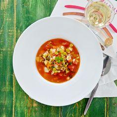 Soupe aux Légumes, Pâtes et Pois Verts Cassés - http://www.ratatouilleetcie.com/soupe-aux-legumes-pates-et-pois-verts-casses/