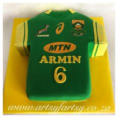 Springbok Rugby Jersey Cake #springbokrugbyjerseycake Rugby Cake, South African Rugby, Cupcake Cakes, Cupcakes, Sport Cakes, Party Ideas, Gift Ideas, 7th Birthday, Celebration Cakes