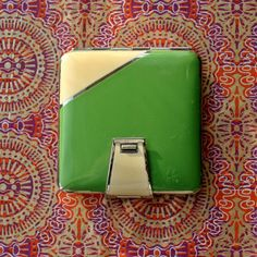 Vintage Art Deco Square Cream and Green Enamel Powder Compact 1930s