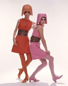 Galerie Photo - Mode 60s - Rose et Rouge - Studio, Mode, Années 60