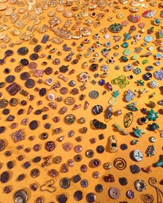 #ToddOldham buttons at the @risdmuseum