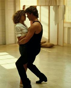 Dirty Dancing - Hungry Eyes Patrick Swayze is not dead! He's just teaching God how to dance ; Dirty Dancing, Patrick Swayze, Country Music, Jennifer Grey, Dance Movies, Romance Film, Movie Couples, Lets Dance, Hollywood