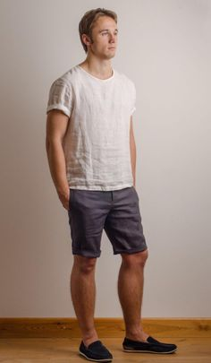 Tee Shirt Homme, T Shirt, Chemise Fashion, Party Summer, Beach Party, Linen Tshirts, Shirt Outfit, Dress Shirt, Shirt Style
