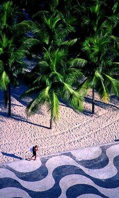 Copacabana - Rio de Janeiro, Brazil | Flickr - Photo by ©miguel valle de figueiredo