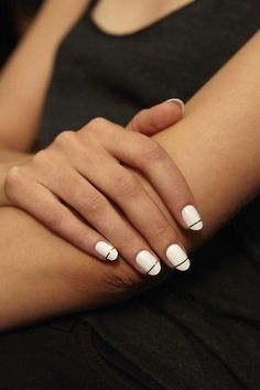 White Nails With Golden Lines Minimalistic white nails with thin golden lines